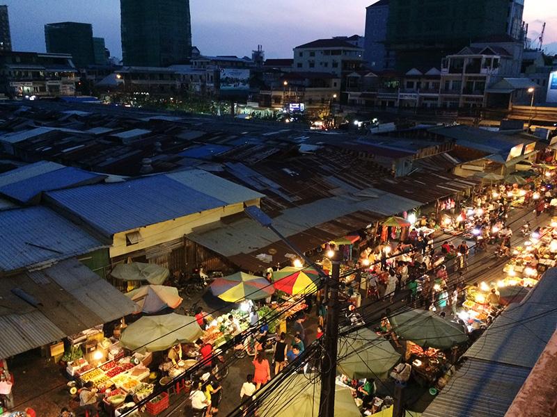 Russian Market bei Nacht